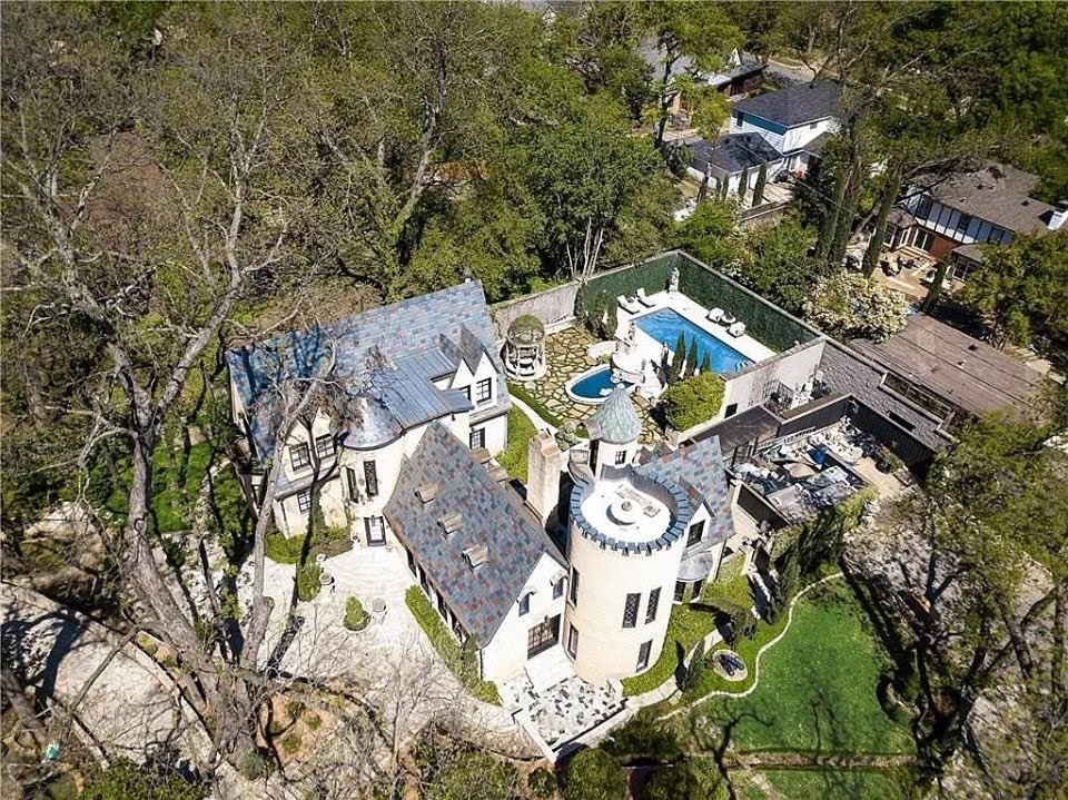 1929 Chateau Des Grotteaux For Sale In Dallas Texas