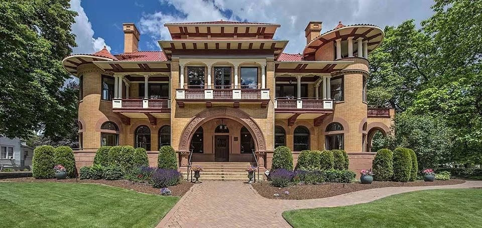 1889 Patsy Clark Mansion In Spokane Washington