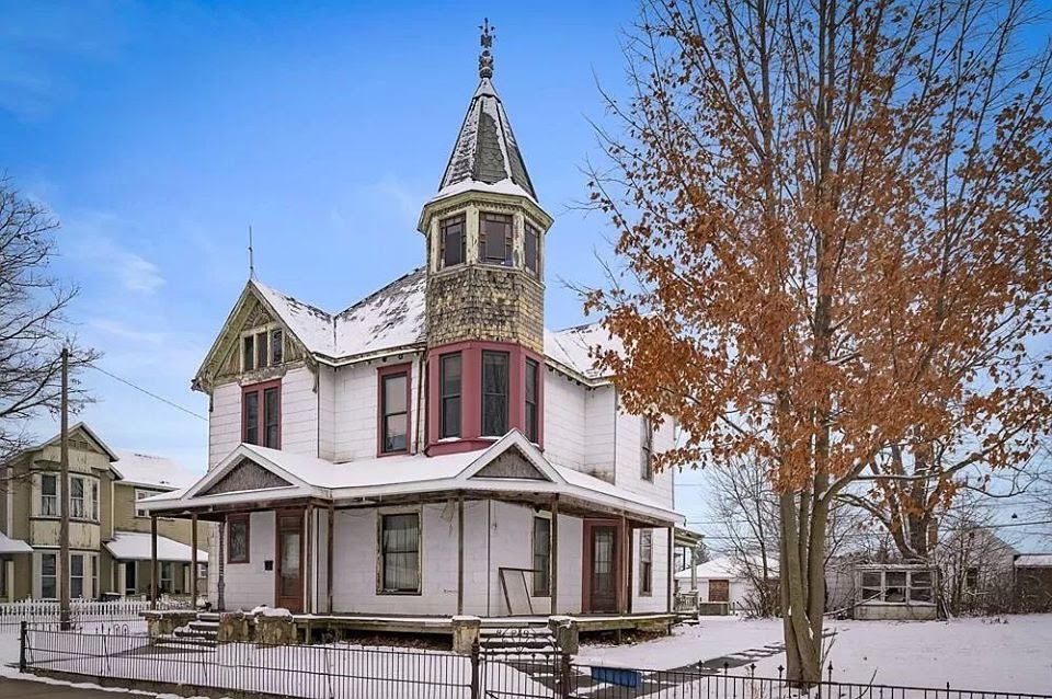 1898 Fixer Upper For Sale In Dunkirk Indiana