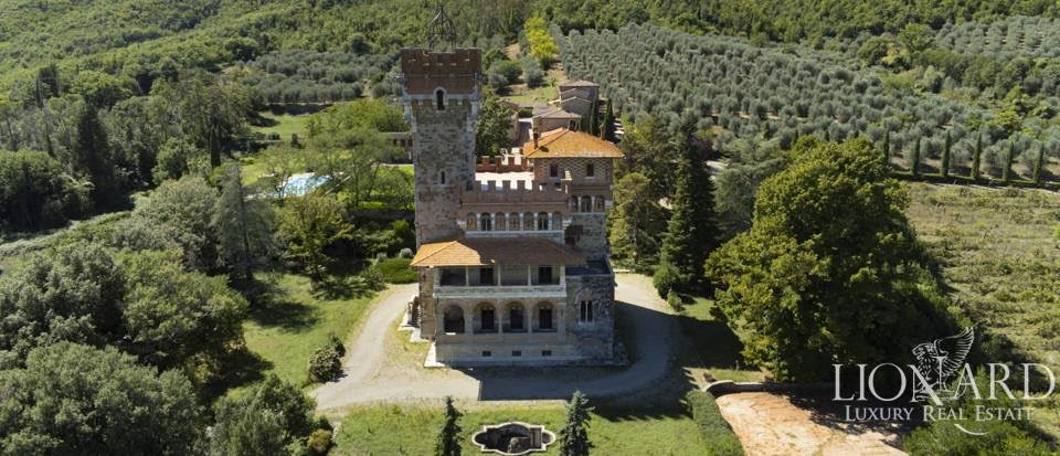 1900 Castle For Sale In Tuscany Italy