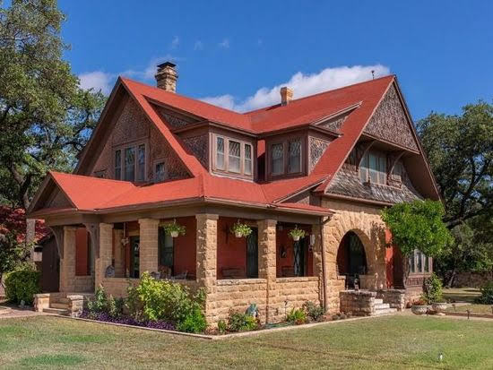 1908 Historic House In Brady Texas