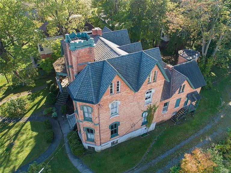 1861 Fixer Upper For Sale In Auburn New York