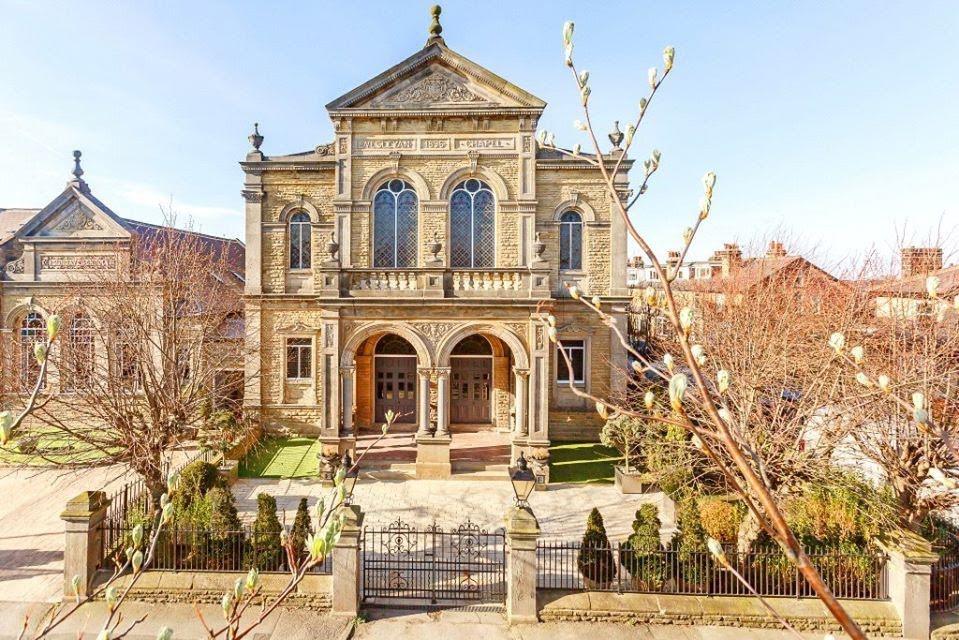 1896 Chapel For Sale In Harrogate England