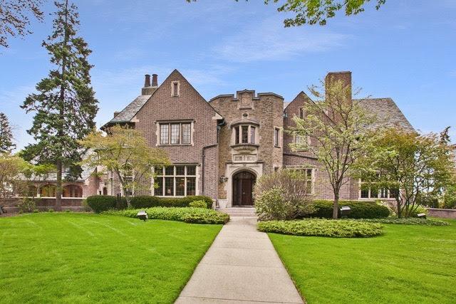 1928 Mansion In Kenosha Wisconsin