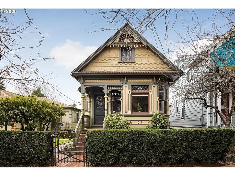 1897 Victorian For Sale In Portland Oregon