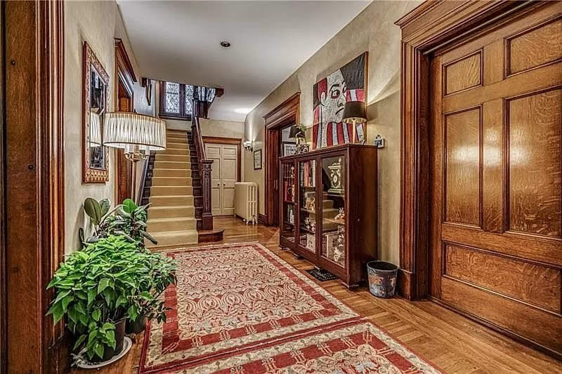 1910 Historic House For Sale In Pittsburgh Pennsylvania