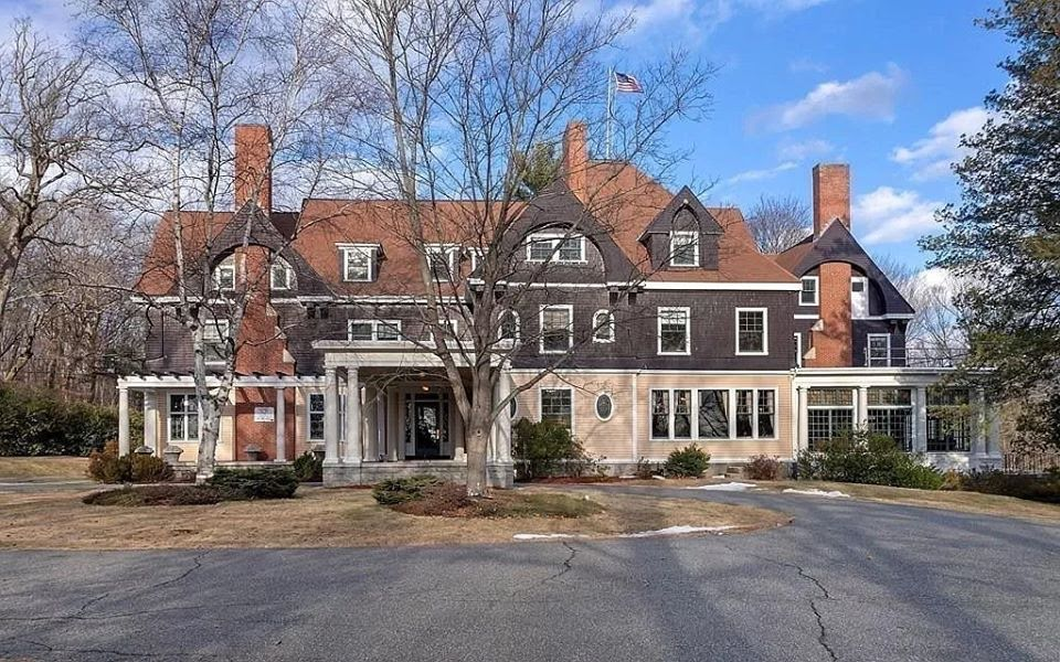 1890 Whitin Lasell Manor For Sale In Whitinsville Massachusetts