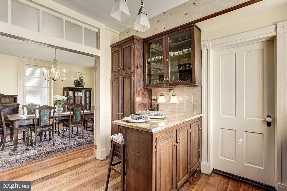 1830 Stone House For Sale In Round Hill Virginia