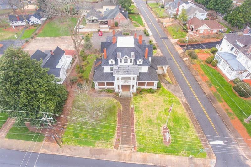 1908 Neoclassical For Sale In Gainesville Georgia