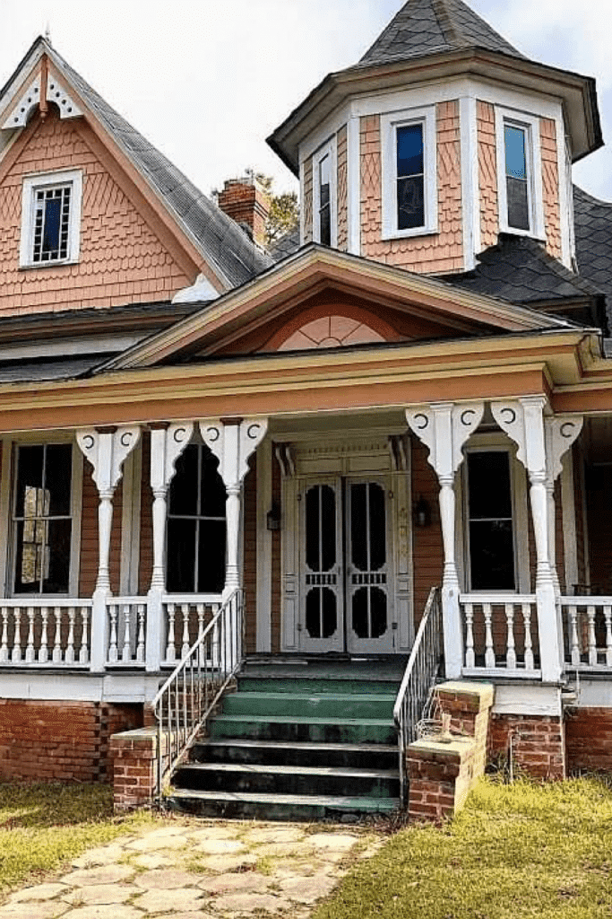 1890 Victorian For Sale In Wrightsville Georgia