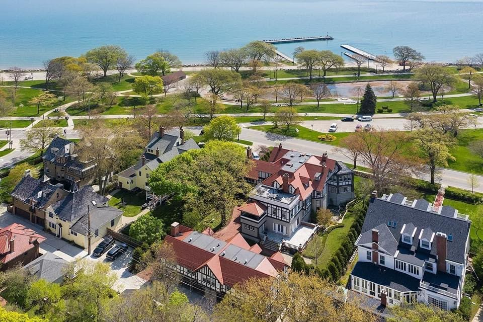 1884 Tudor Revival For Sale In Evanston Illinois