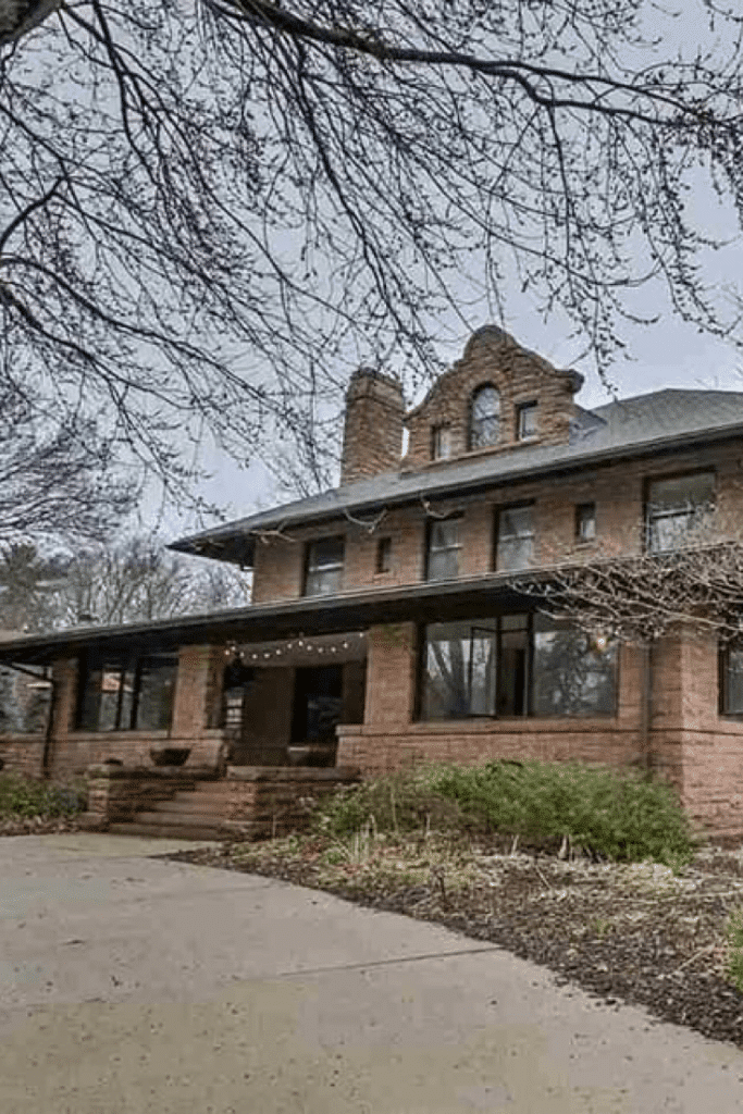 1909 Mission Style Home For Sale In Lincoln Nebraska