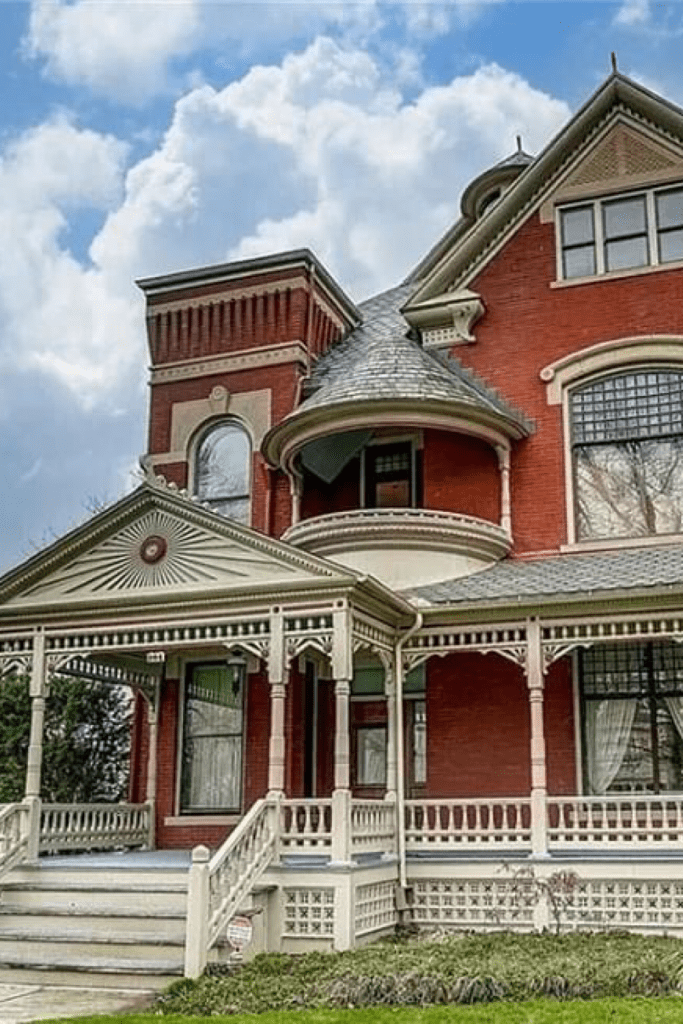 1889 Queen Anne For Sale In Findlay Ohio