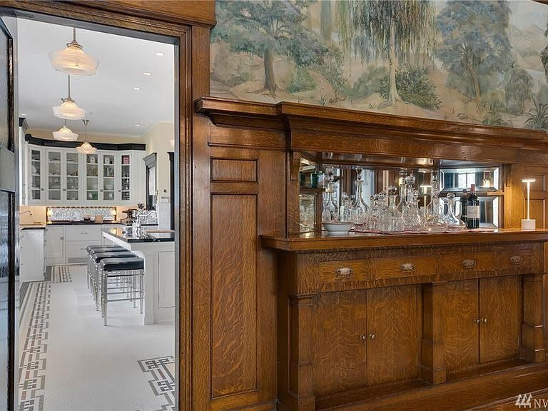 1909 Neoclassical For Sale In Seattle Washington