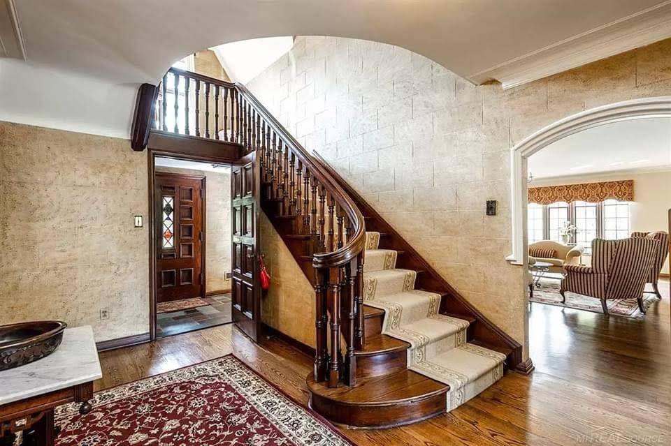 1937 Tudor Revival For Sale In Grosse Pointe Park Michigan