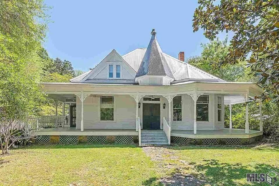 1890 Victorian For Sale In Clinton Louisiana