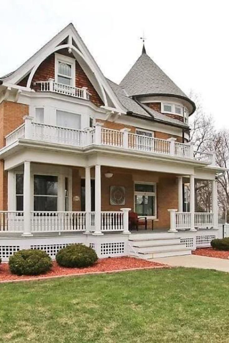 1907 Historic House For Sale In Silver Lake Minnesota