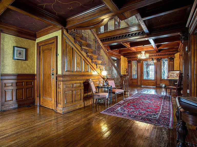 1902 Mansion For Sale In Muncie Indiana
