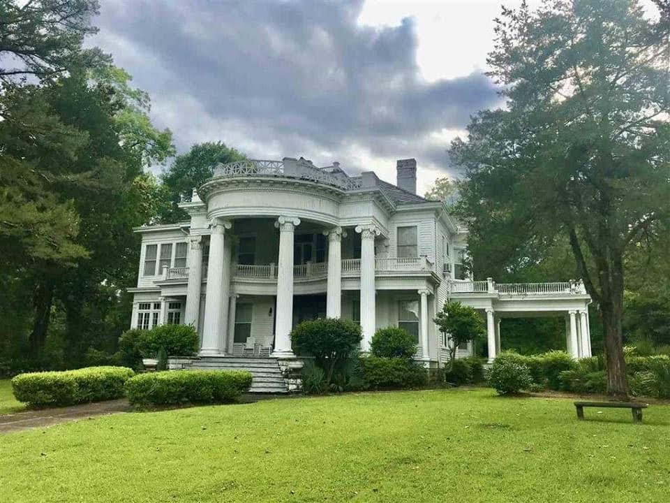 1903 Colonial Revival For Sale In Hazlehurst Mississippi
