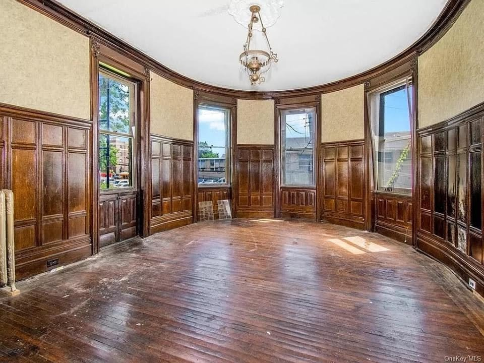 1928 Fixer Upper For Sale In Yonkers New York