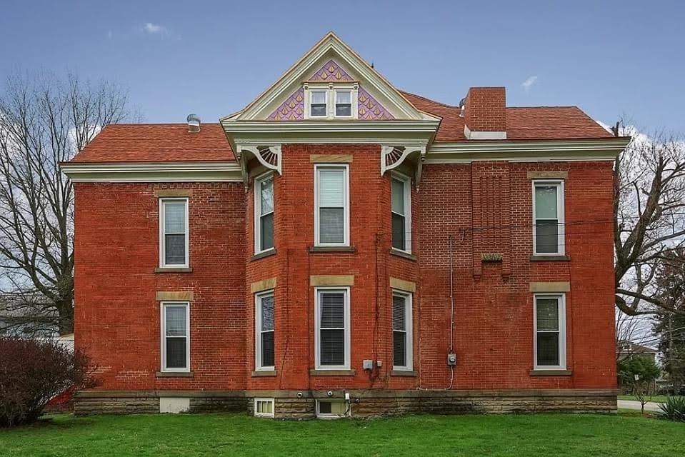 1910 Historic House For Sale In Punxsutawney Pennsylvania