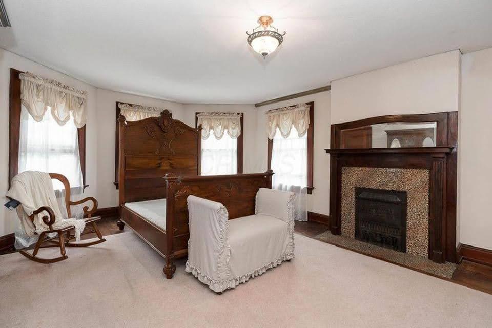 1901 Victorian For Sale In Sunbury Ohio