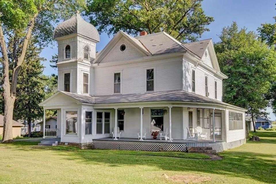 1890 Queen Anne For Sale In Emerson Iowa