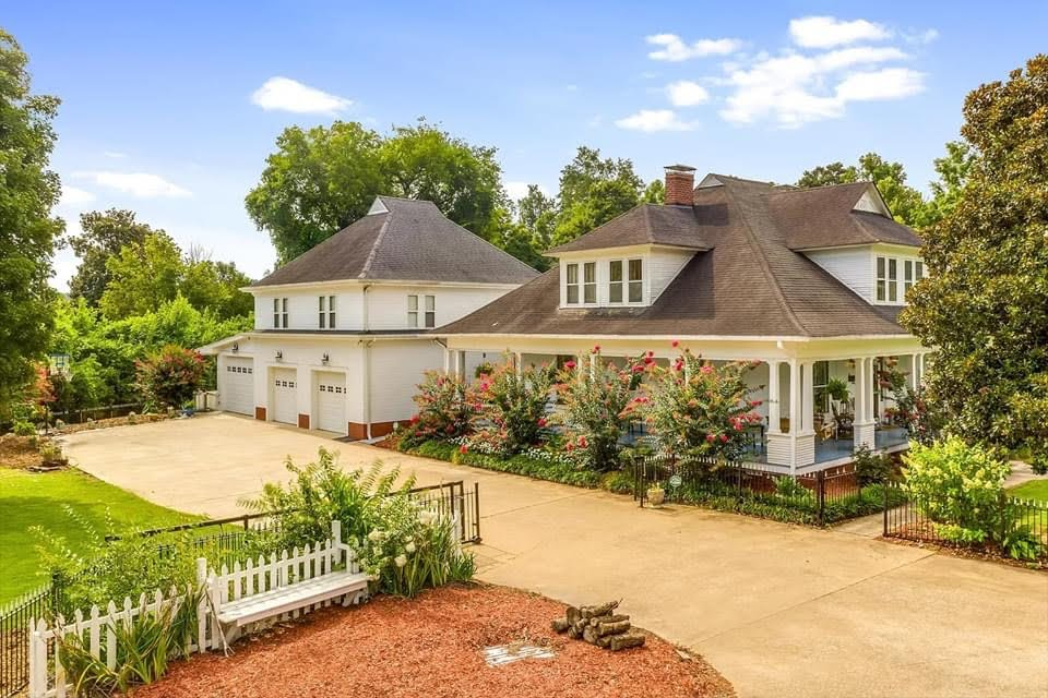 1913 Historic House For Sale In Soddy Daisy Tennessee