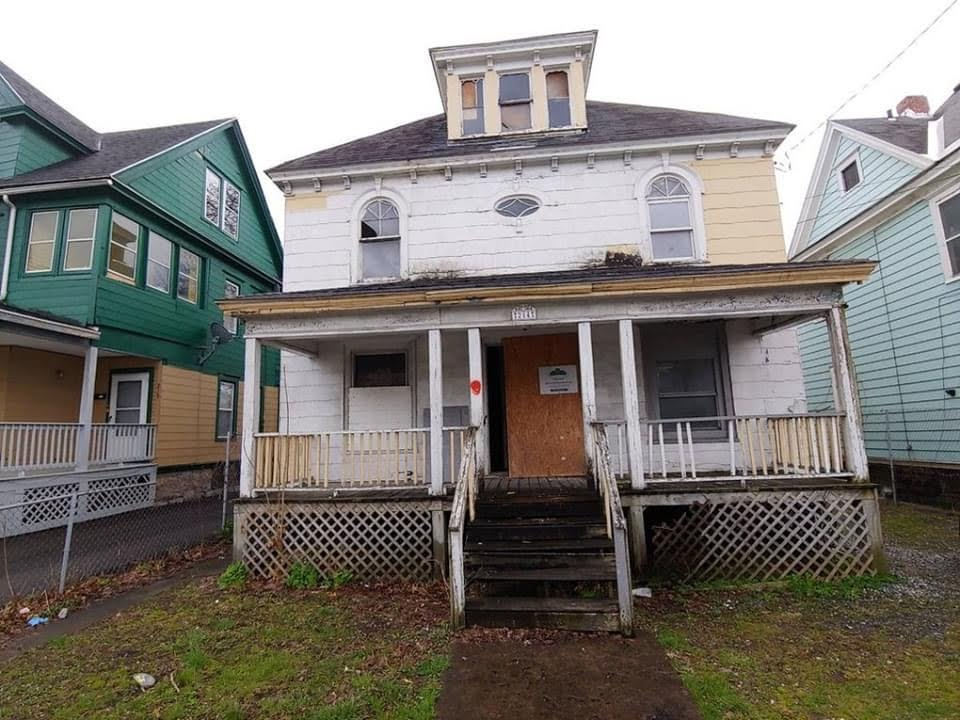 1908 Fixer Upper For Sale In Syracuse New York