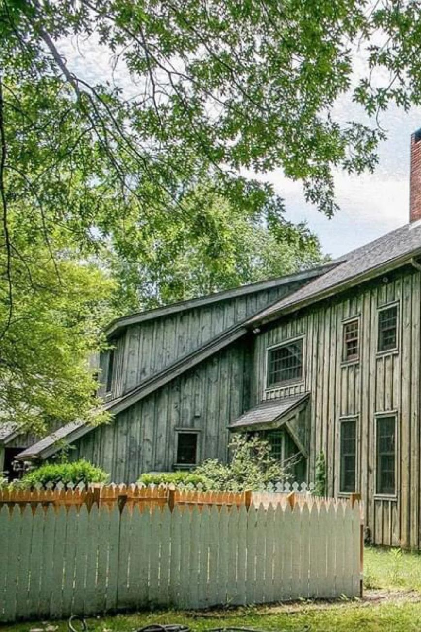 1880 Post & Beam Barn Home For Sale In Craryville New York