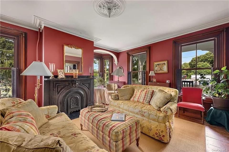 1870 Italianate For Sale In New Hamburg New York