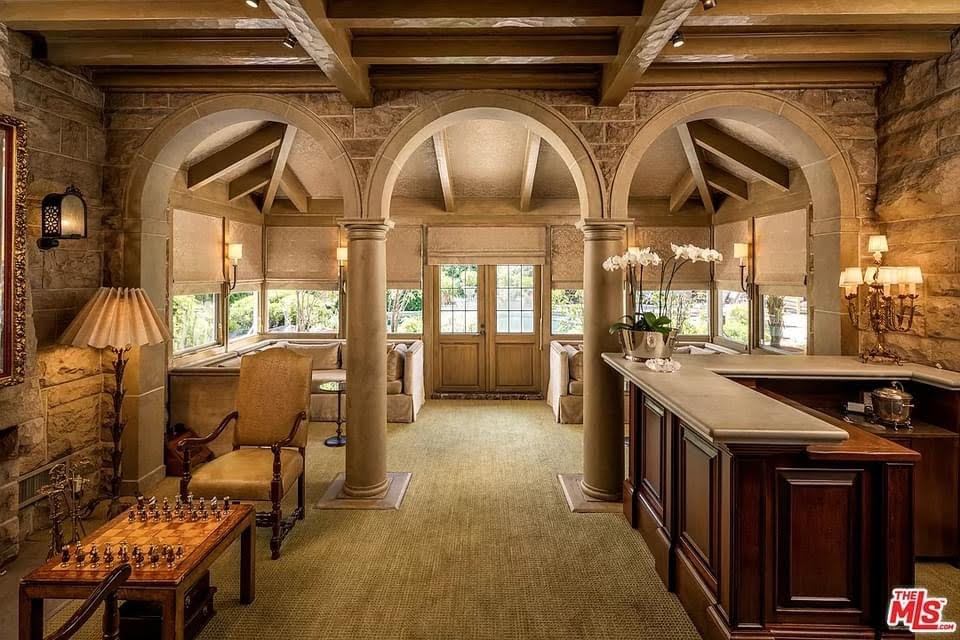 1925 Mansion For Sale In Los Angeles California