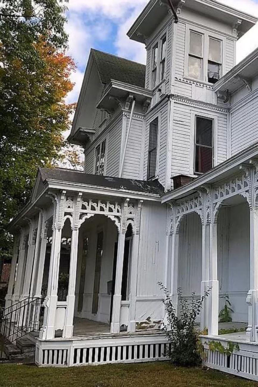 1860 Italianate For Sale In Jamestown New York
