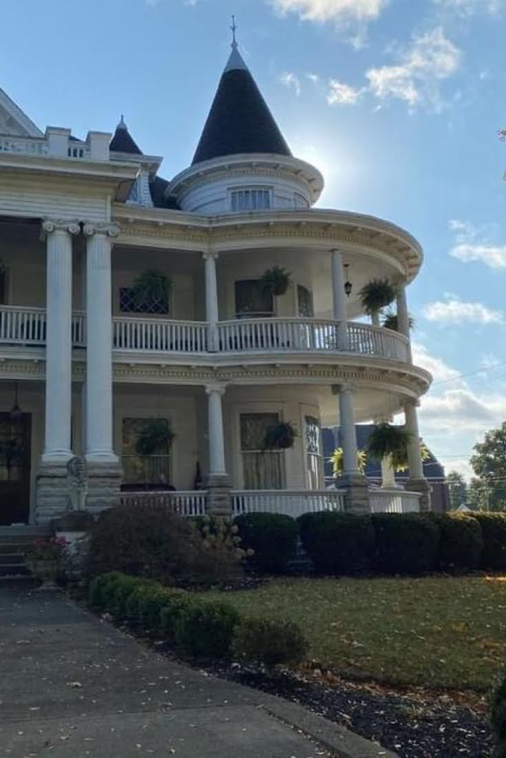 1910 Historic House For Sale In Brookville Indiana
