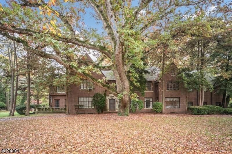 1926 Tudor Revival For Sale In Orange New Jersey