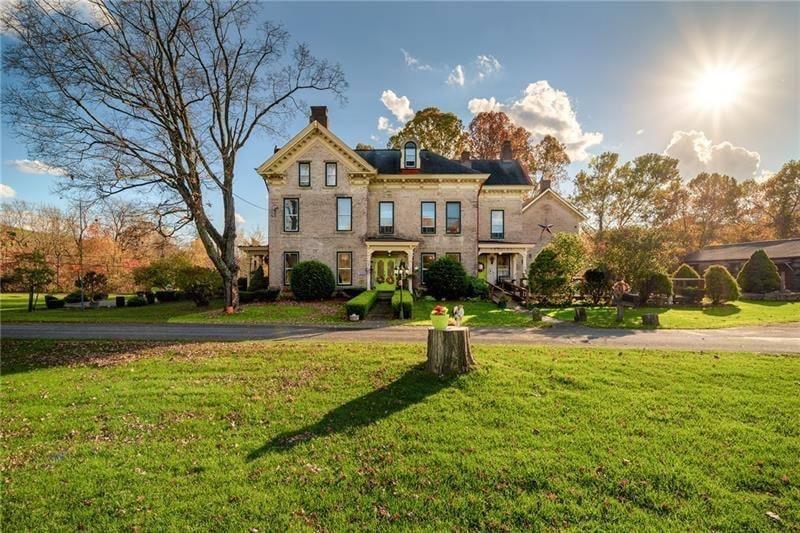 1870 Italianate For Sale In Masontown Pennsylvania