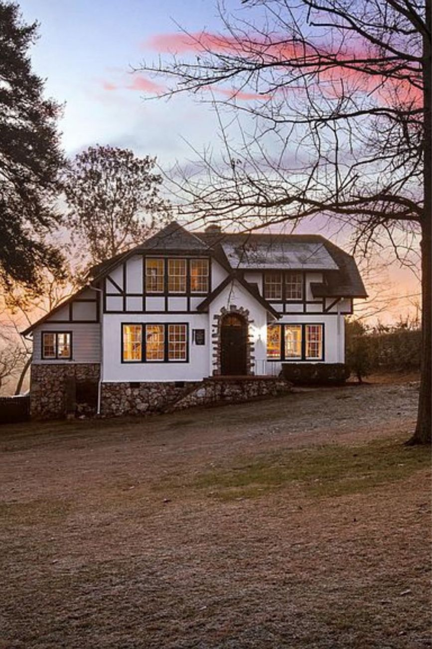 1907 Tudor Revival For Sale In Chattanooga Tennessee