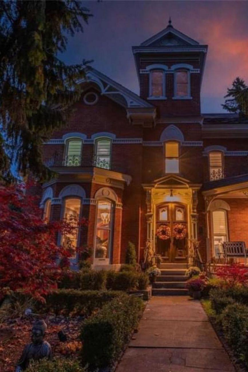 1878 Italianate For Sale In Cobourg Ontario