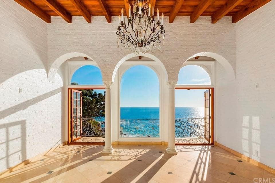 1930 Waterfront Mansion For Sale In Laguna Beach California