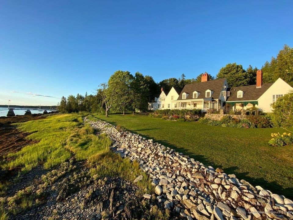 1917 Devereux Cottage For Sale In Islesboro Maine