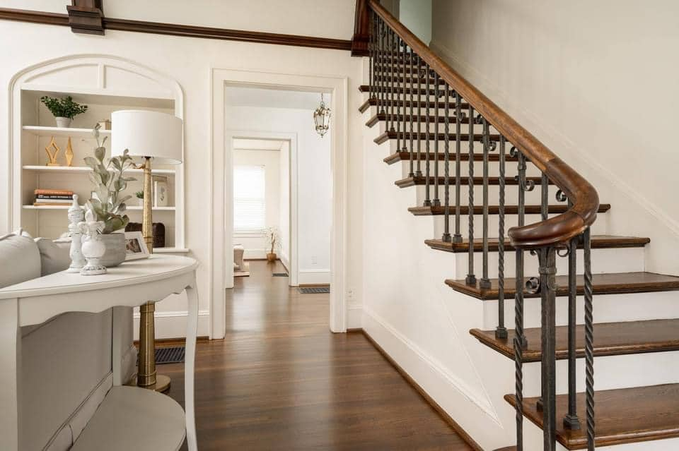 1926 Tudor Revival For Sale In Chattanooga Tennessee