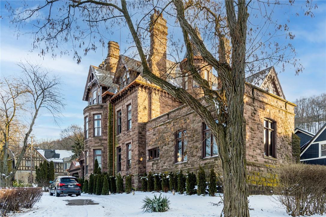 1881 Ravenscliffe Castle For Sale In Ontario Canada