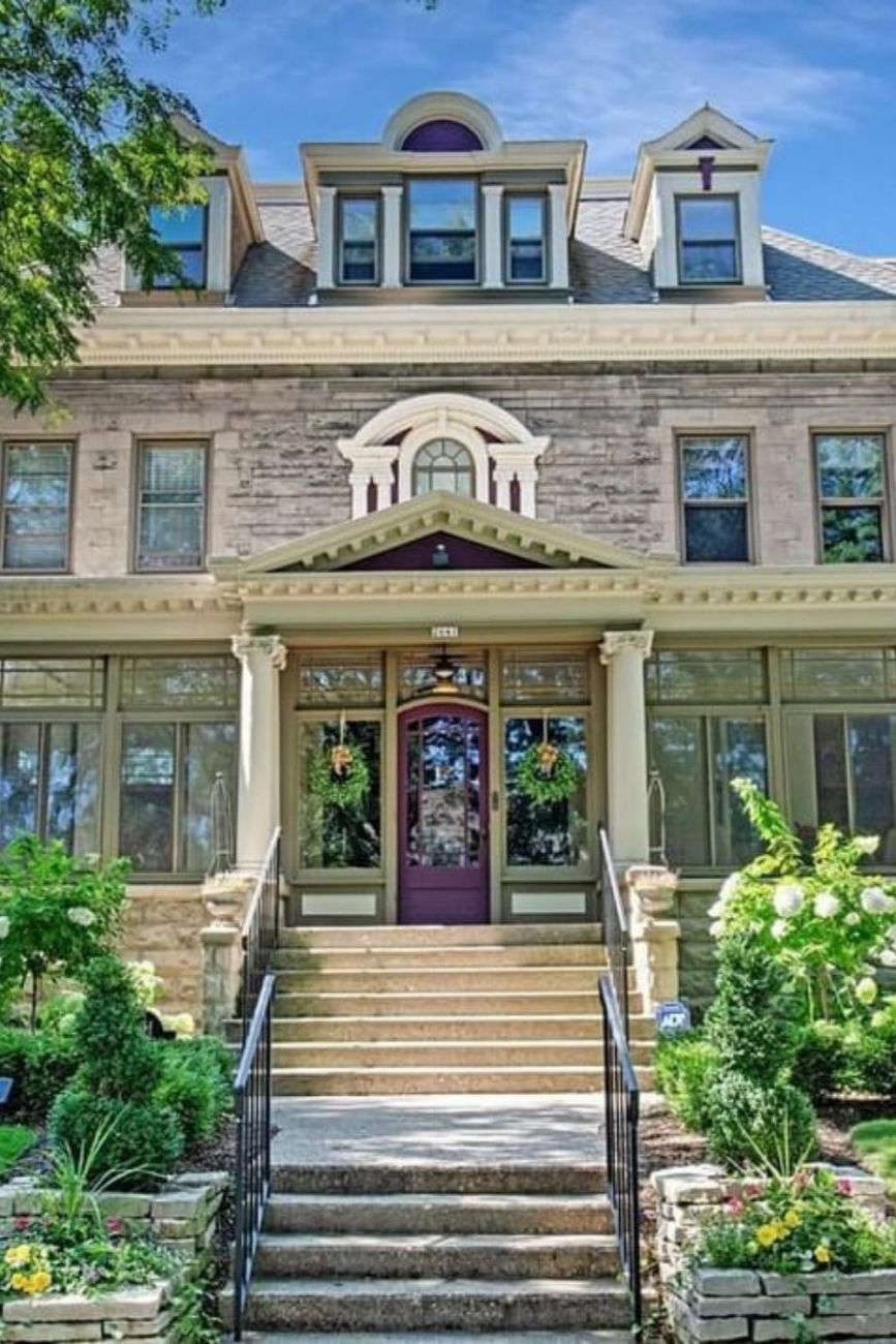 1904 Stone Mansion For Sale In Milwaukee Wisconsin