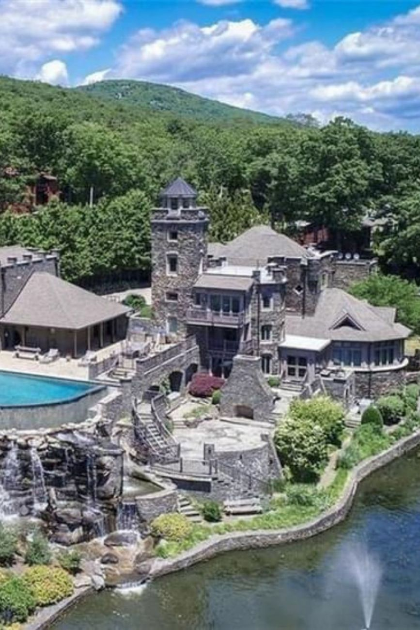 1915 Stone Mansion For Sale In Greenwood Lake New York