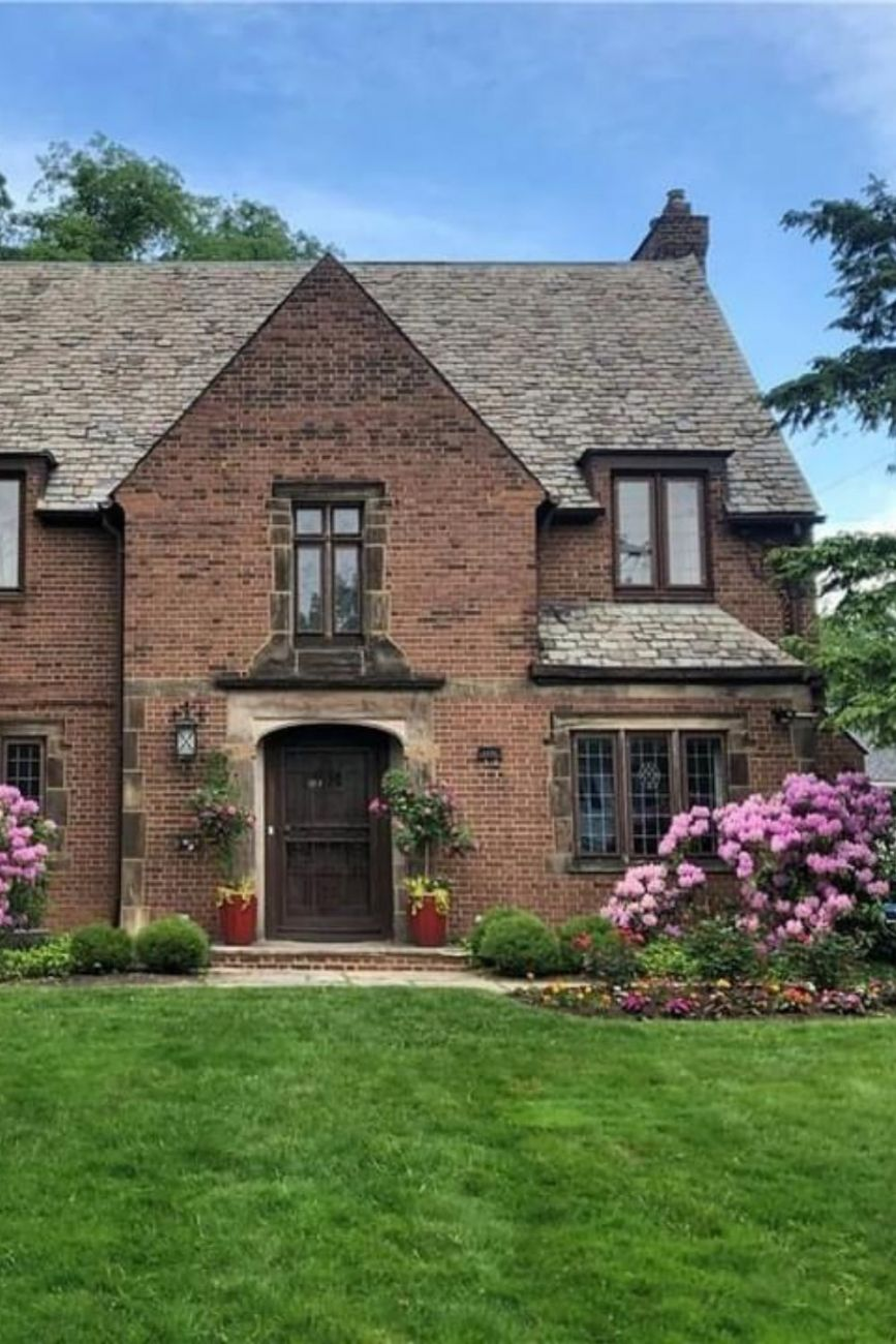 1932 Tudor Revival For Sale In Shaker Heights Ohio
