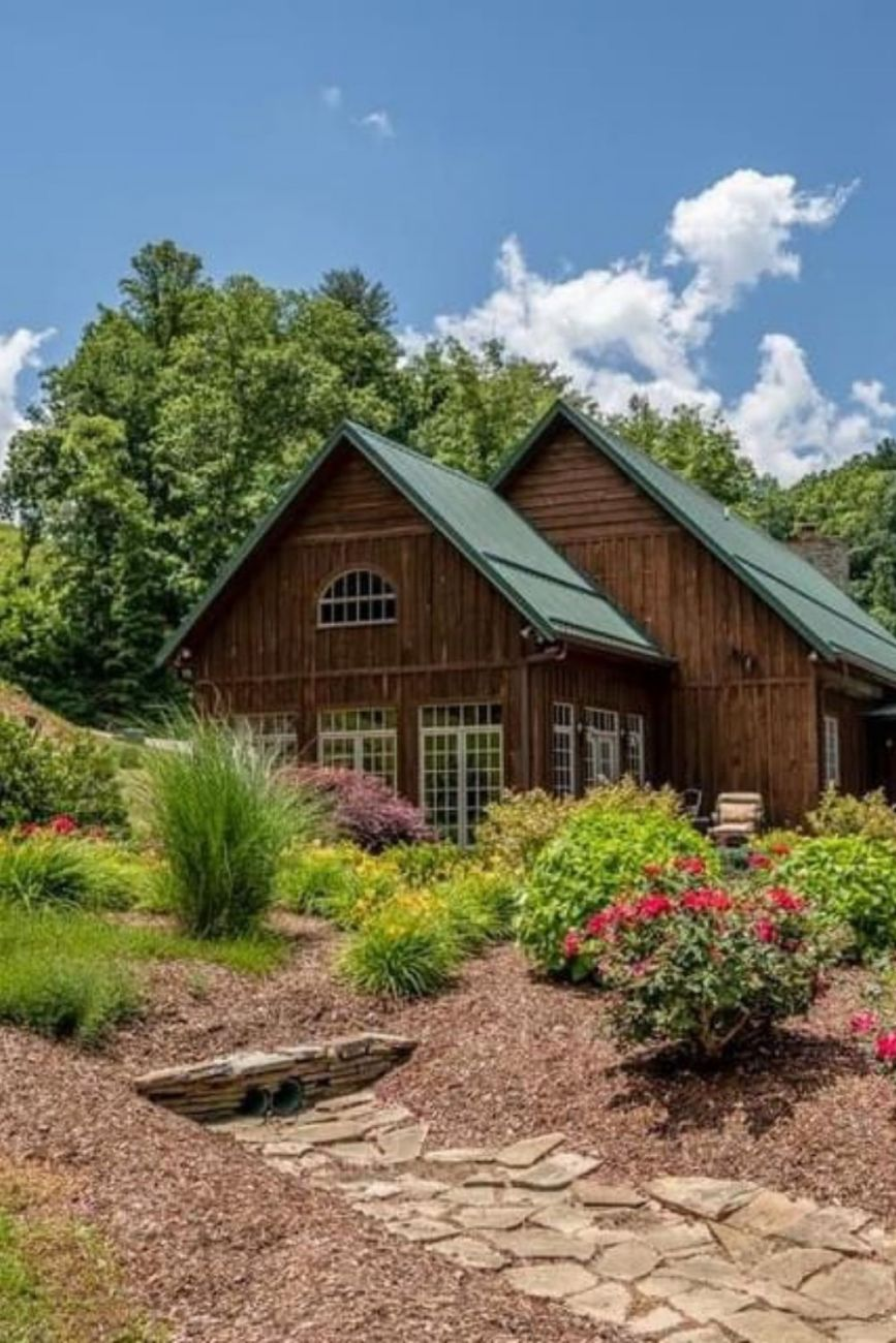 1967 Cabin For Sale In Erwin Tennessee