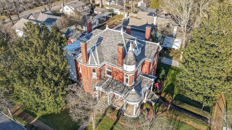 1896 Queen Anne For Sale In Franklin Tennessee