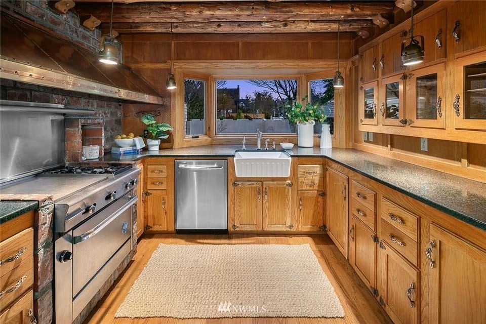 1927 Historic Home For Sale In Seattle Washington