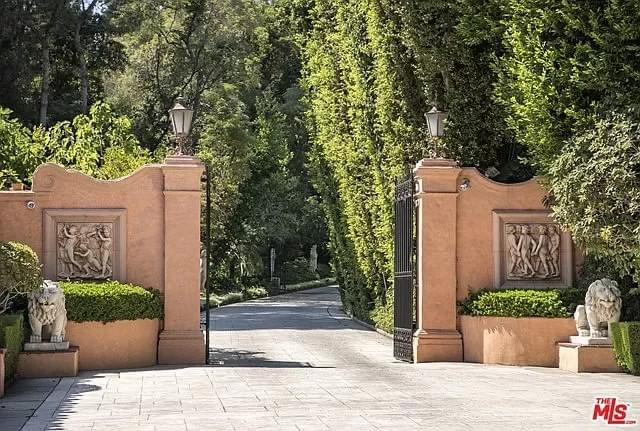 1926 The Hearst Estate For Sale In Beverly Hills California