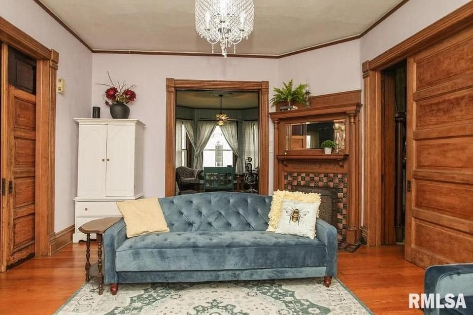 1889 Queen Anne For Sale In Lincoln Illinois